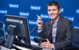Europe 1: Thomas Sotto doit-il se remettre en question ?