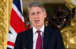 Le virus Ebola menace la Grande-Bretagne, selon le ministre Philip Hammond