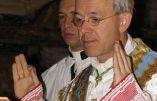 Mgr Athanasius Schneider revient sur le scandaleux Synode sur la famille