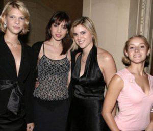 Quelques amies d'Epstein, dont son assistante personnelle