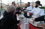 Distribution massive du Coran dans les rues de Paris