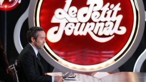 FRANCE2012-ELECTION-MODEM-BAYROU-MEDIAS