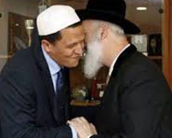 Le grand rabbin Metzger avec l'imam Chalghoumi
