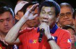 Rodrigo Duterte, populiste radical, largement élu président des Philippines