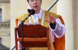 A Paris, l'abbé Chautard réfute les oiseaux de malheur : «ne soyez pas apeurés par cet épouvantail que l'on agite parfois, en affirmant que nous ne serions pas catholiques à part entière, que nous n'avons pas l'esprit de l'Eglise»