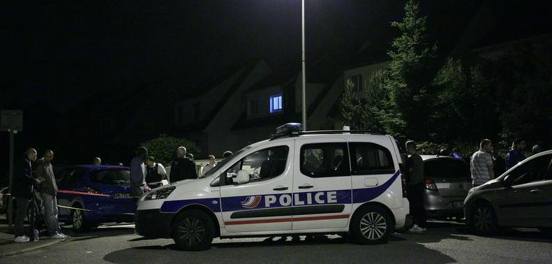 L'État islamique a revendiqué le meurtre de deux officiers de police, hier soir dans les Yvelines
