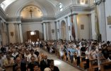 Confession d'un curé italien : l'Église bergoglienne divisée au sujet des migrants