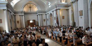 fedeli-in-chiesa