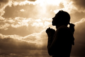 femme_priere