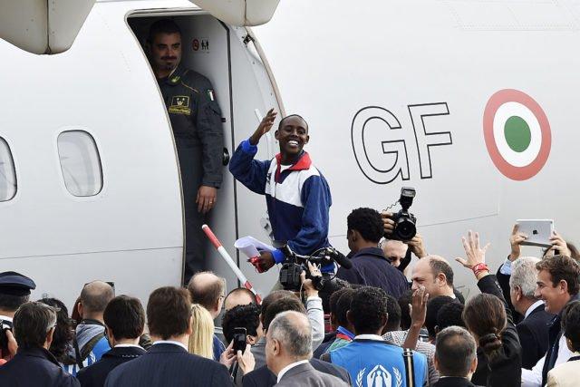 migrants_avion
