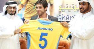 Juninho signant à Al Gharafa