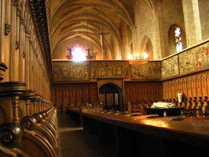 le chœur des moines et les tapisseries