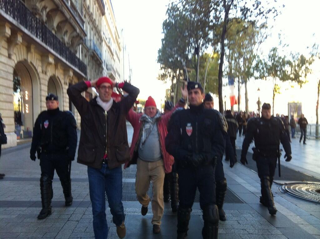 manif bonnet rouge 3