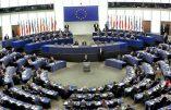 Coalition anti-Orbán au Parlement européen : quand l'UE rétablit les procès de Moscou