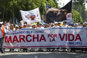 marcha_por_la_vida_-_lima_2013_MPI