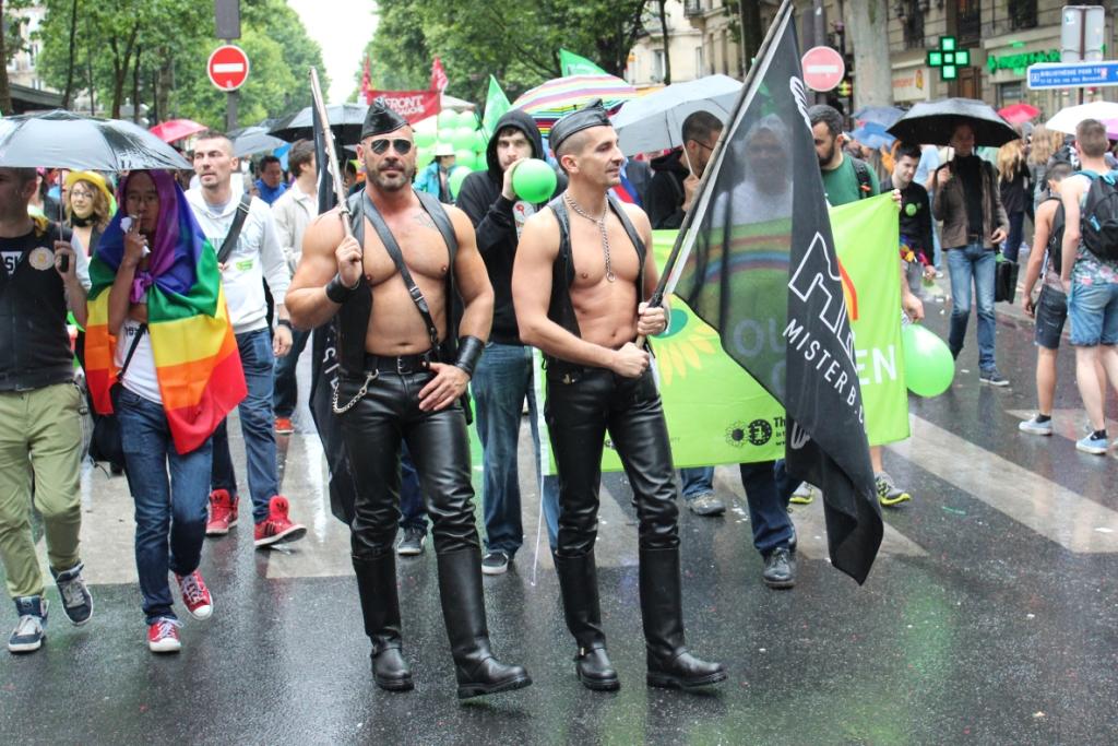 gay pride2