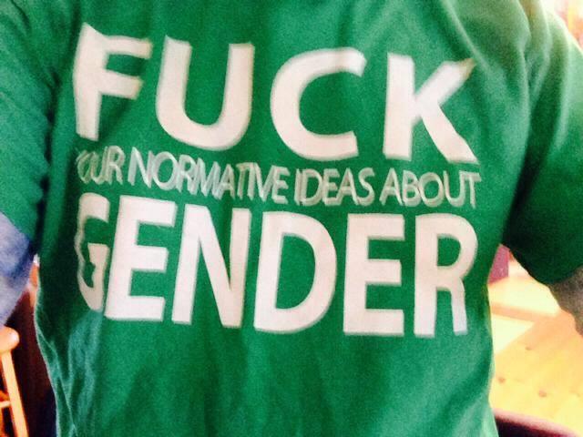 t-shirt-anar-gender-mpi