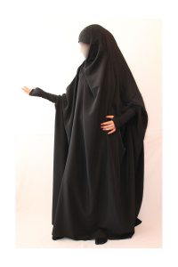 jilbab-noire-mpi