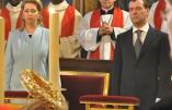 """""""Chaque Noël des milliers de Russes viennent vénérer la Sainte-couronne d'épines à Notre-Dame"""""""