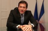 Le maire de Cogolin scandalisé d'être obligé de marier une clandestine (Vidéo)