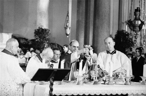 Il-y-a-50-ans-les-catholiques-commencaient-a-celebrer-la-messe-en-francais_article_main