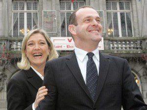 Attentat contre Steeve Briois, maire FN d' Henin-Beaumont où le FN est assuré d'emporter les 2 cantons