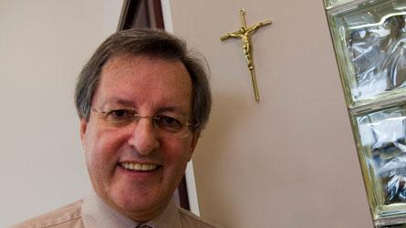 tremblay-maire-saguenay-crucifix