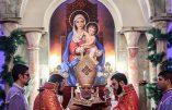 Messe du 1er jour de l'an à la Cathédrale Saint-Sarkis de Téhéran