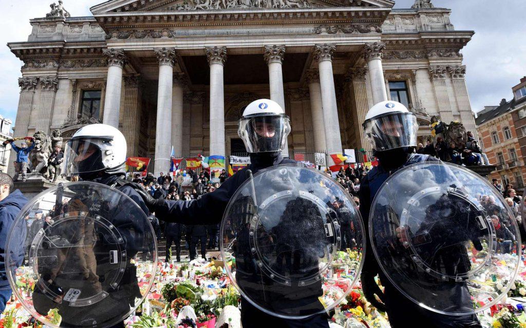 bruxelles-hooligans-police