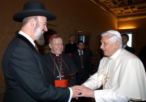 Le grand rabbin Metzger avec le pape Benoît XVI