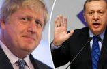 """L'ancien maire de Londres Boris Johnson gagne un """"concours de poèmes insultants"""" Recep Erdogan"""
