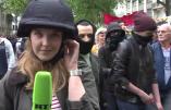 """Les nervis ukrainiens de """"nuit debout"""" agressent la journaliste de RT"""