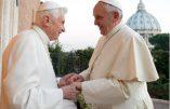 """L'éloge de Benoît XVI envers son successeur  : """"François est l'homme de la réforme pratique"""""""