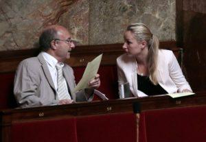 jacques-bompard-marion-marechal-le-pen-bancs-assemblee-nationale-paris-juillet-2013