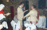 Mise en pratique des propos homosexualistes de François : la paroisse accueille le nouveau couple homosexuel