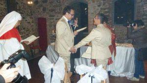 mariage-gay-beni-par-cure