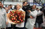 Marine Le Pen, de Rungis, dénonce la trahison de François Fillon qui appelle à voter pour Emmanuel Macron
