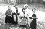 Gilberte Degeimbre, raconte en vidéo comment la Sainte-Vierge lui est apparue à Beauraing en Belgique entre 1932 et 1933