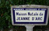 54 immigrés envoyés dans le village natal de Sainte Jeanne d'Arc
