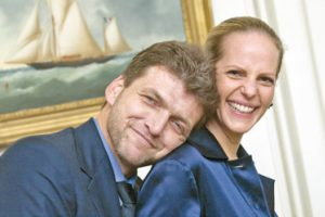 Les banquiers mondialistes Benjamin et Ariane de Rothschild sauvent Slate.fr