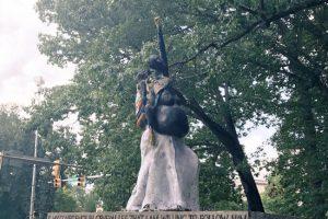 Soros et les Black Lives Matter jubilent : un monument à la femme noire remplace le Général Lee