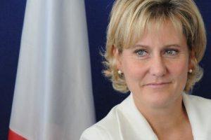 Nadine Morano contre le port du voile islamique