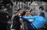 Foot racaille : Patrice Evra décoche un coup de pied à la tête d'un supporteur