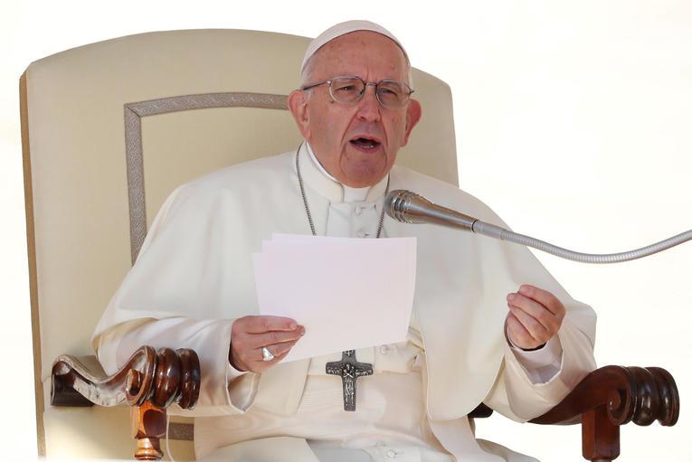 Que l'Antéchrist rugisse contre l'Immaculée-Conception, rien de plus normal ! Pape-francois