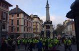 1500 gilets jaunes défilent à Chambéry
