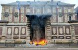 Acte VII à Rouen – Le feu à la Banque de France
