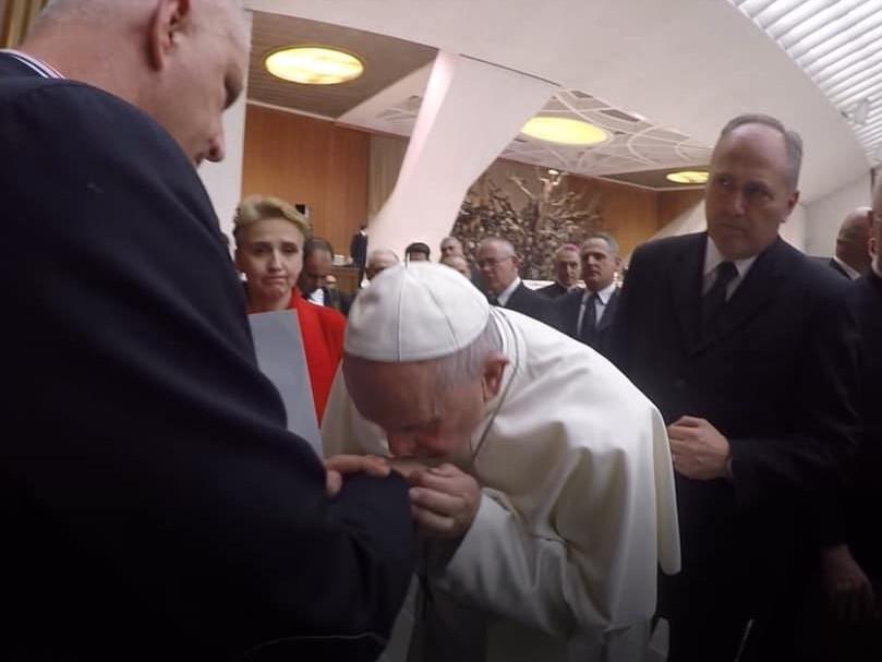 Sommet chez le Roi de Sodome Pape-francois-pedophilie