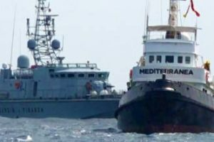 Italie: Matteo Salvini poursuit la lutte contre l'immigration clandestine et les trafiquants d'êtres humains