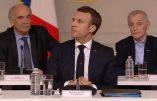 """Paris brûle, et Macron """"réfléchit"""" avec des pseudo-intellectuels sur l'état de la France"""