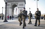 "French soldiers patrol in front of the Arc de Triomphe on the Champs Elysees avenue in Paris, France, as part of France's national security alert system ""Sentinelle"" after Paris deadly attacks November 27, 2015.  REUTERS/Charles Platiau *** Local Caption *** Les attentats"